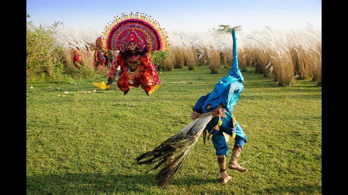 The energetic movements, heavy face masks, elaborate costumes; Chhau dancers seem not to let anything come between them and their breath-taking dance form.